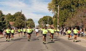 Isiserettes @ 2013 Beaverdale Parade